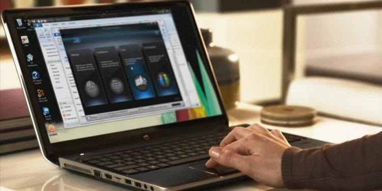 HP J8X12UA 15-f039wm Notebook