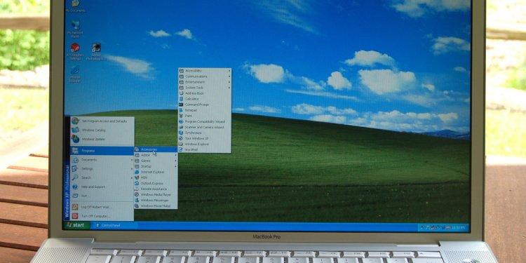 MicroAppleWinXPBookPro